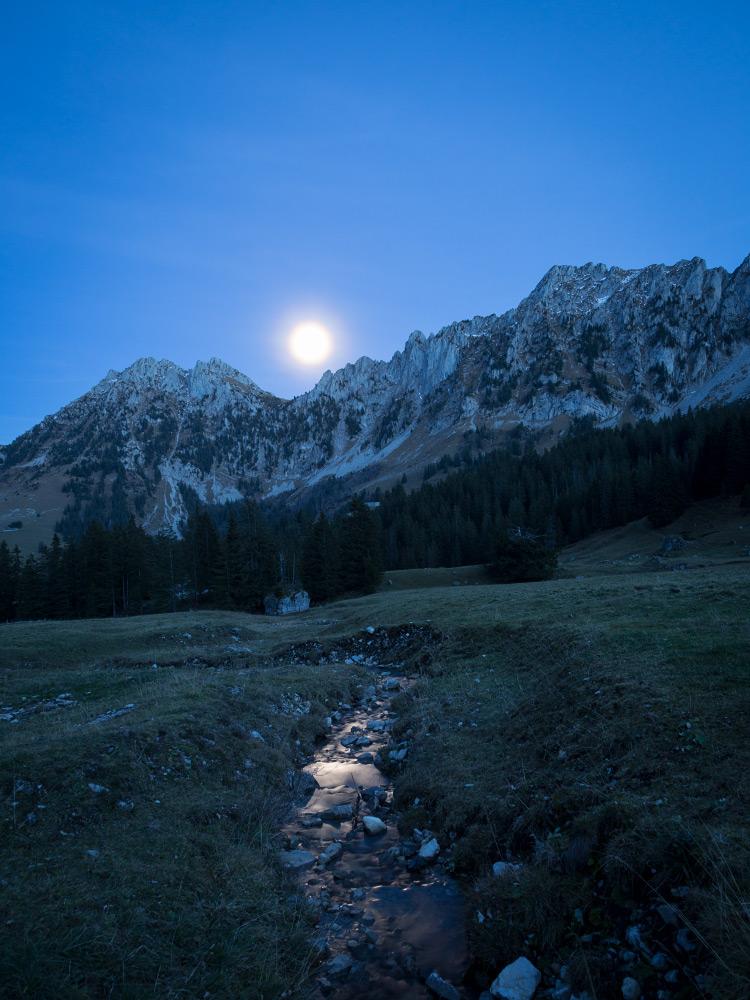Mondaufgang über den Gastlosen
